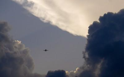 Repülésmeteorológia, várható időjárás jelentések, előrejelzések és riasztások. METAR, TAF adatok, aktuális időjárás helyzetek és térképek.
